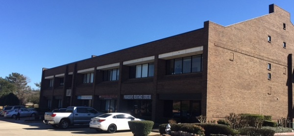 Dallas School Building 600